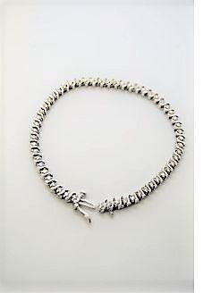 14ct gold & diamond bracelet