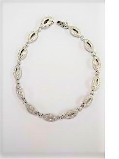 18ct white gold & diamond bracelet