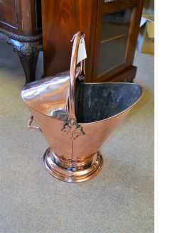 Victorian copper coal scuttle/bin