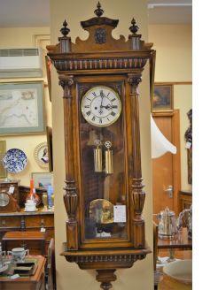 Victorian walnut Vienna clock