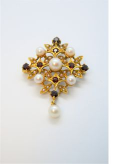 9ct gold pearl & garnet brooch