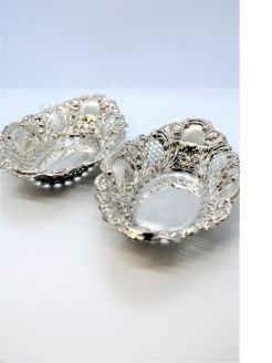 Pair silver dishes