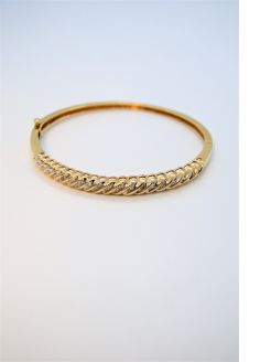 14 ct gold & diamond bangle