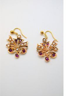 15ct gold ruby and seed pearl earrings