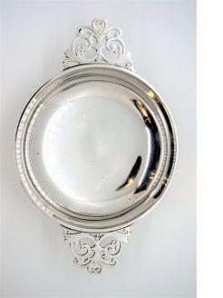 Silver quake dish