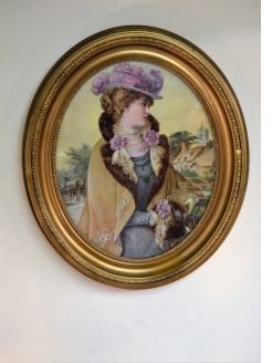 Gilt framed oval portrait print