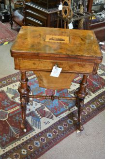 Victorian burr-walnut sewing / games table