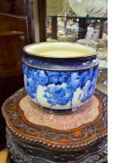 Blue and white Doulton porcelain jardiniere