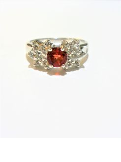 9ct gold, garnet dress ring