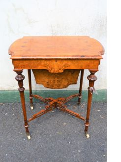 Victorian burr-walnut sewing table, with inlay .