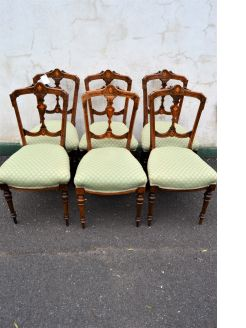 Set of six victorian walnut chairs