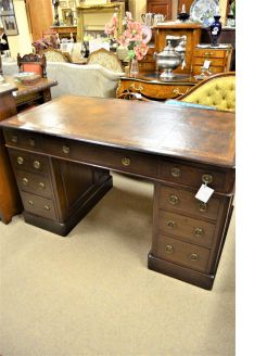 Victorian leather topped mahogany desk