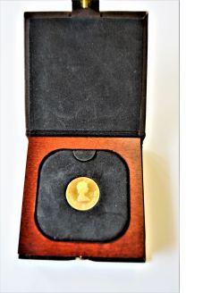 22ct gold canadain 100 dollar coin