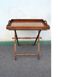 Oak butlers tray & stand