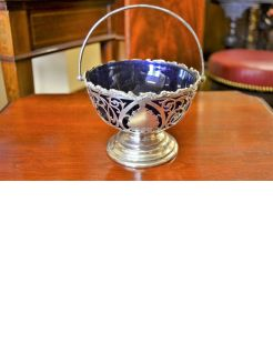 Silver basket with glass liner