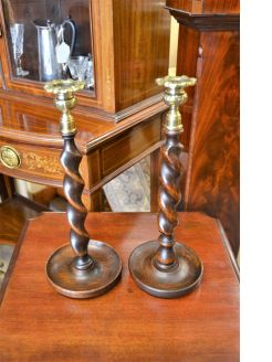 Pair of candlesticks brass & oak