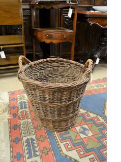Old turf / log basket