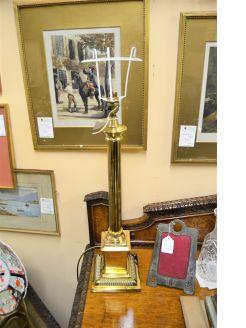 Brass pillar lamp