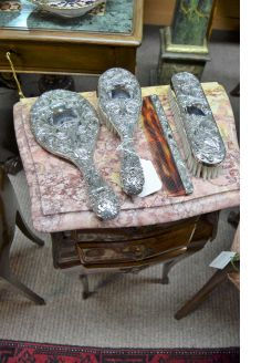 Four piece epns dressing table set