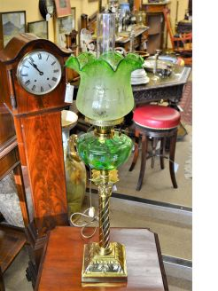 Victorian brass pillar oil lamp (converted)