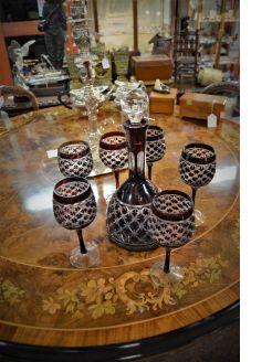 Glass decanter & six glasses