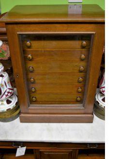 Victorian mahogany specimen chest/cabinet
