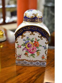 19th century french porcelain tea-caddy