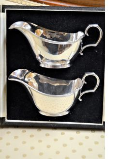 Pair of silver sauce boats