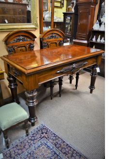 Victorian mahogany hall table & pair of chairs
