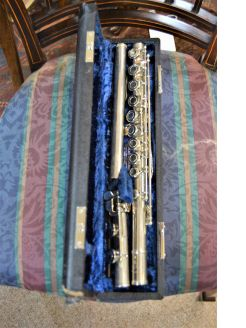Cased silver plated flute