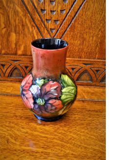 Flambe moorcroft vase