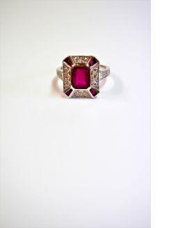 18ct gold ,ruby & diamond ring