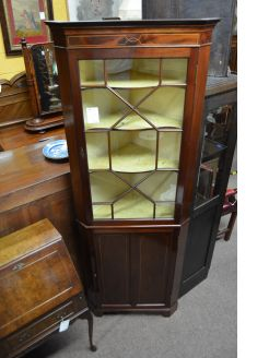 1930s mahogany corner cabinet