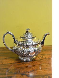 Irish georgian silver tea pot