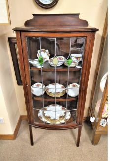 Edwardian mahogany china / display cabinet