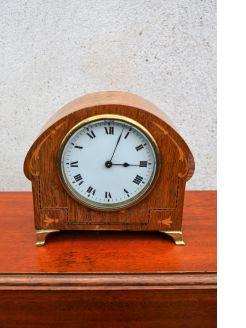 Oak cased 1920s mantle clock