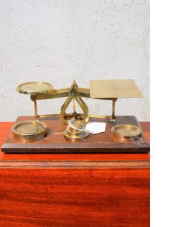 Set of 1920s brass scales & weights