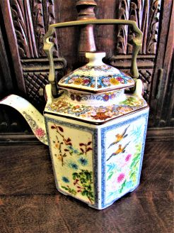 Chinese tea-pot