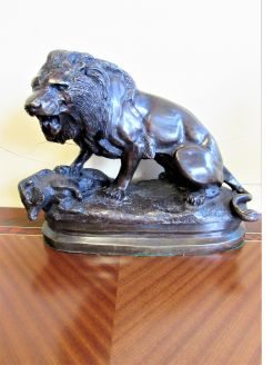 Large Lion bronze on plinth