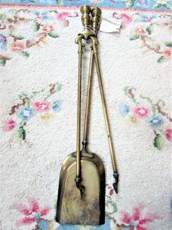 Victorian brass fire irons, shovel & tongs