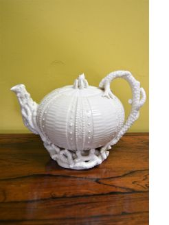 1st period belleek tea-pot