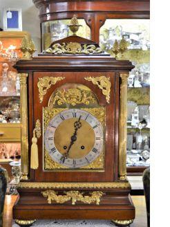 Victorian mahogany cased mantle clock
