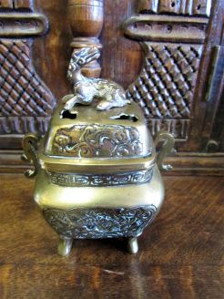 Antique chinese bronze