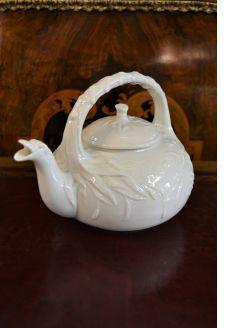 1st period belleek tea pot