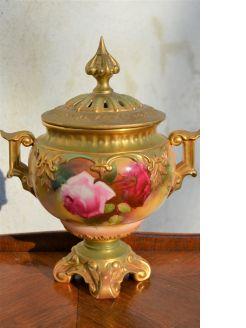 Royal worcester vase & lid