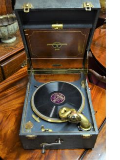 1920s gramophone player