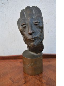 Bronze bust / sculpture by Carolyn mulholland