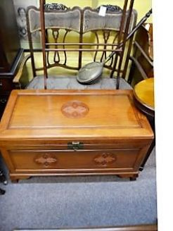 Chinese trunk / chest with camphour wood lining