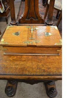 Oak cigar box
