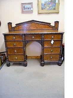 Victorian oak & burr oak sideboard / cabinet